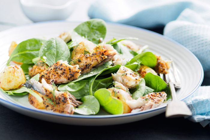 spinach salad with fish