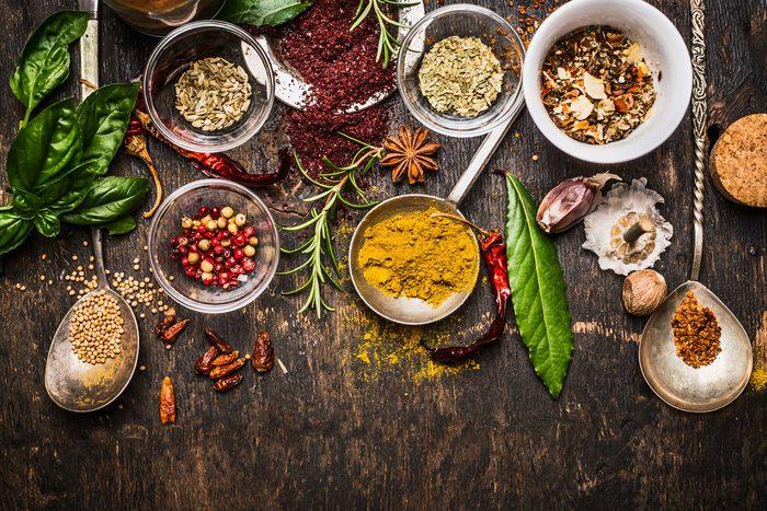01-herbs-spices-improve-health