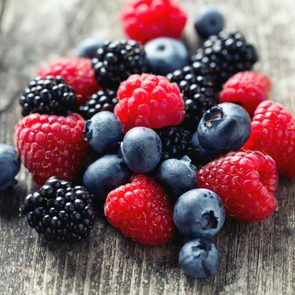 2_best_food_for_asthma_berries_Diana Taliun