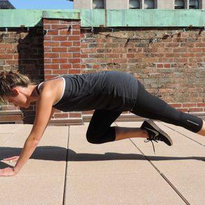 06-exercise-flatten-belly-mountain-climbers