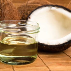 01-beware-things-nutritionists-wish-you-knew-about-coconut-oil