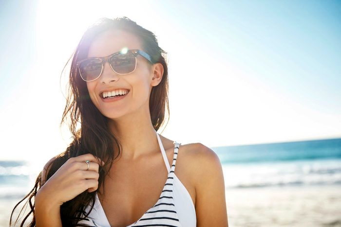 sunglasses_myths_could_ruin_eyes_cut_glare