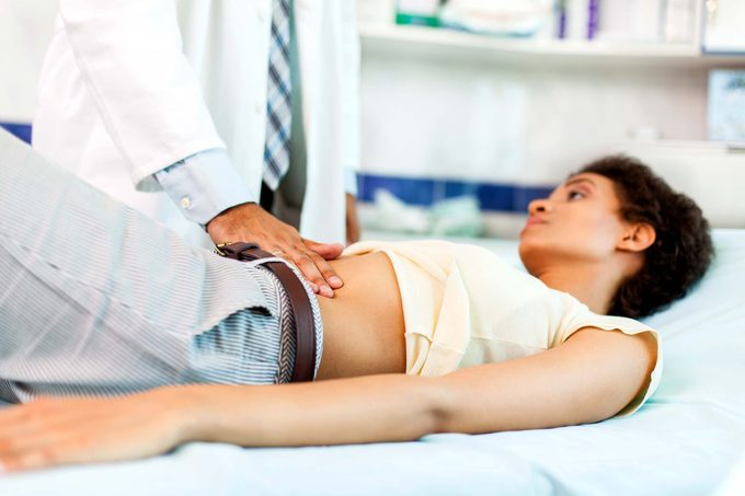 Stomach-Ache-or-Kidney-Stone--Warning-Signs-to-Watch-Out-for