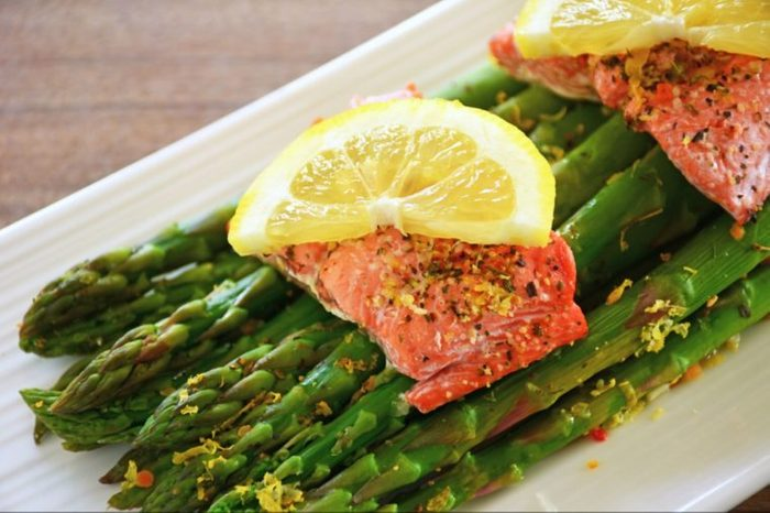 06-fish-Simple Things You Can Do Daily to Boost Your Bones_618179948-photogal