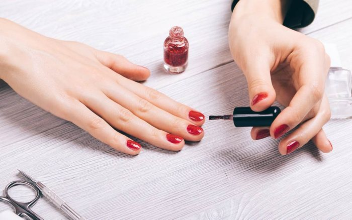 The-Scary-Thing-Nail-Polish-Does-to-Your-Body-10-Hours-After-You-Apply-It_607089008_progressman-ft