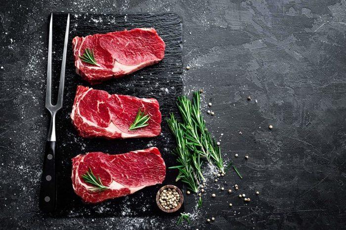 Elk steaks with rosemary