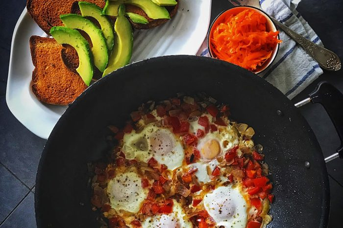 Eggs with peppers.