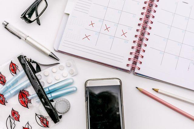 period menstruation schedule cycle planner