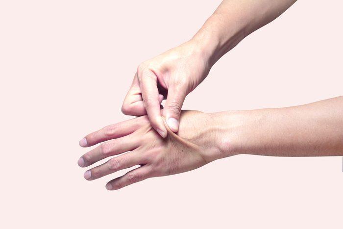 skin elasticity tent hand