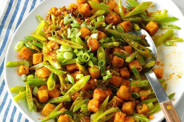 Crispy-Tofu-with-Black-Pepper-Sauce