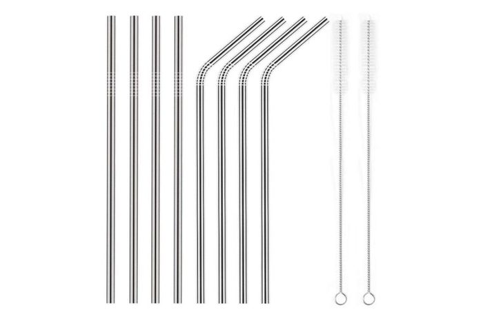set of metal straws and two cleaning brushes