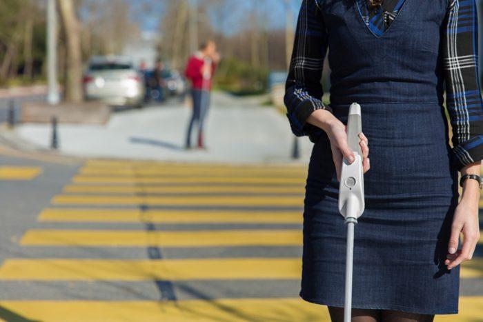 we walk smart cane