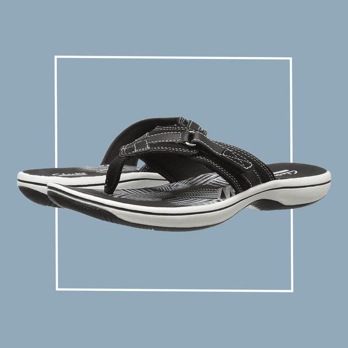 clarks breeze sea flip flops