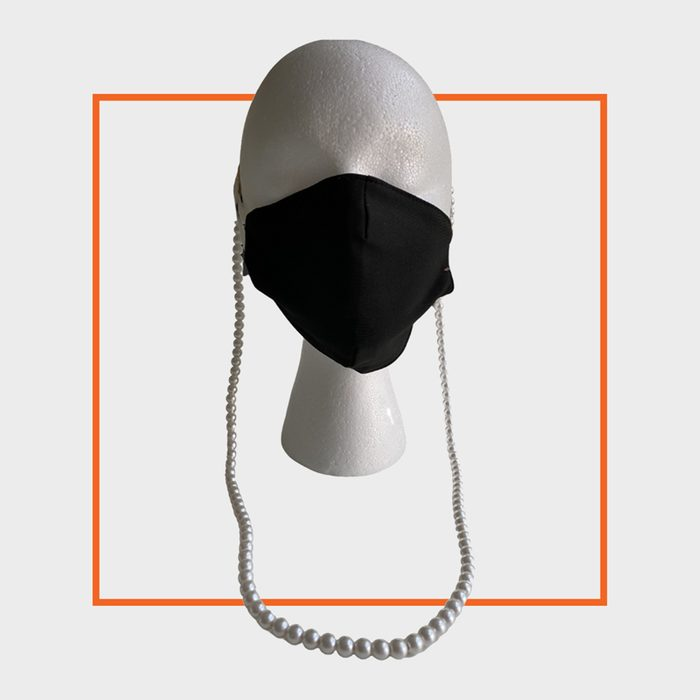 mask thingy face mask chain
